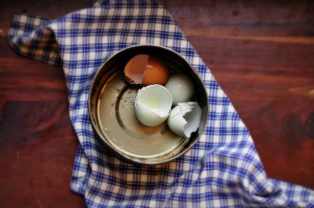 broken eggs 3
